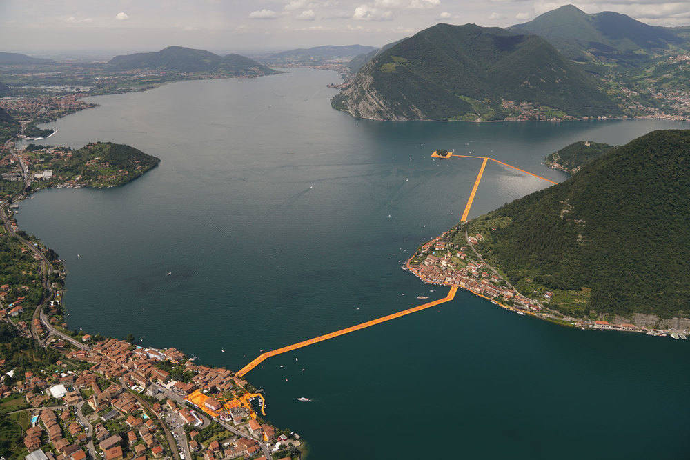 The_FLoating_Piers_Christo.jpg