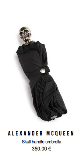 alexander_mcqueen_skull_handle_umbrella_ikrix_shop_online.jpg